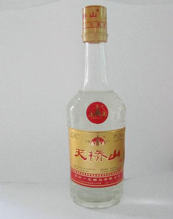 04天桥山瓶装酒